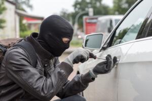 GPS Fahrzeugüberwachung gegen Autodiebstahl